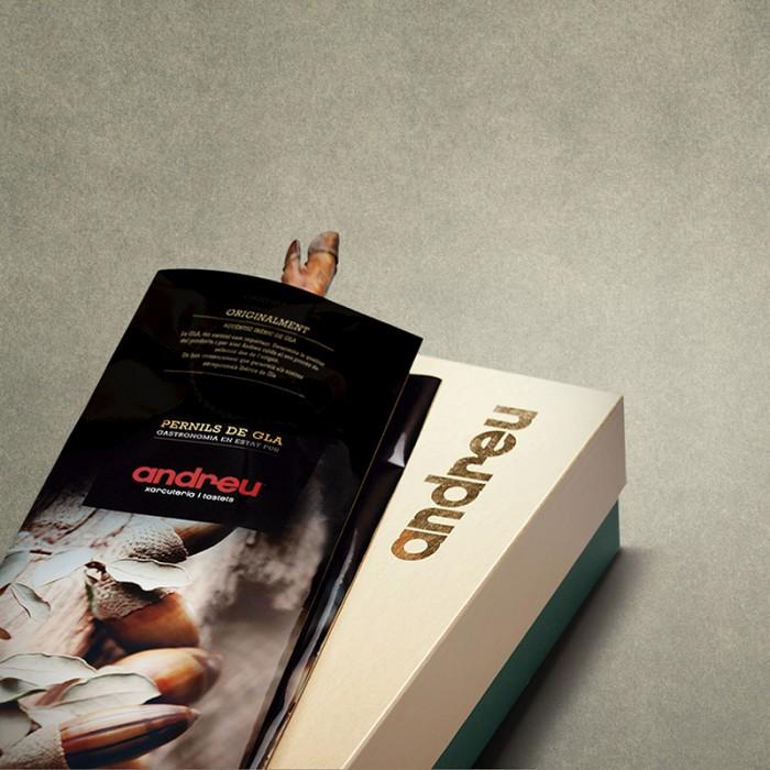 LOTE 7. Jamón de Bellota Ibérico alimentado en montanera (6,5kg) con caja para regalo